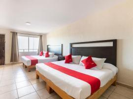 OYO Hotel Real Dorado, hotel en Cabo San Lucas