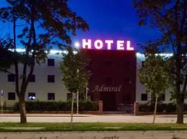 Hotel i Restauracja Admirał – hotel w mieście Legnica