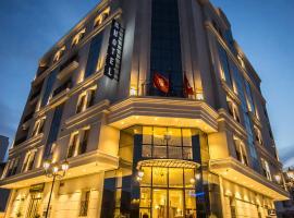 HOTEL PALAIS ROYAL