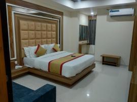 HOTEL MAPLE VIEW, hotel near Sardar Vallabhbhai Patel International Airport - AMD, Naroda