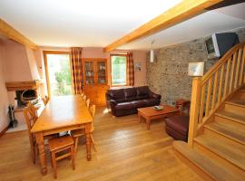 BEAUTIFUL FLAT FROM 10 TO 12 people, hotel in La Grave