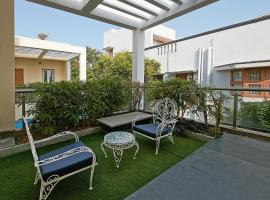 Maroma Suites, hotel with pools in Chennai