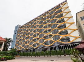 OYO 1126 Curve Boutique Pattaya, hotelli Pattaya Centralissa