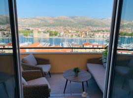 Mentha Apartments Trogir, hotel in Trogir