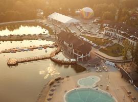 Hotel Molo Resort, hotel in Osiek