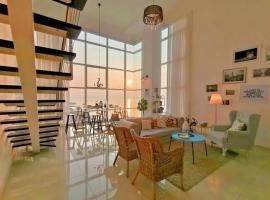 Maritime, apartment in George Town
