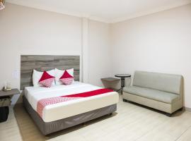 OYO 1021 The Music Hotel, hotel in Batu Ampar
