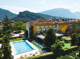 Hotel Campagnola, hotel in zona Lago di Ledro, Riva del Garda