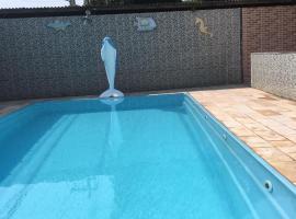 Casa c/ piscina em Praia de Mauá, hotel near Outlet Premium Rio de Janeiro, Mauá