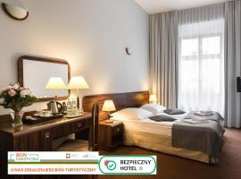 Hotel Wit Stwosz, hotel conveniente a Cracovia