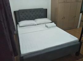 Hostel Sarah, hotell i Manila