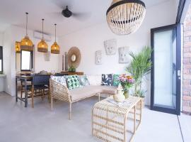 Mertanadi Loft Style M2, apartment in Seminyak