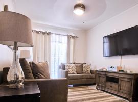 Beautiful First Floor Apt 5 minutes away from STI Airport, hotel near Cibao International Airport - STI,