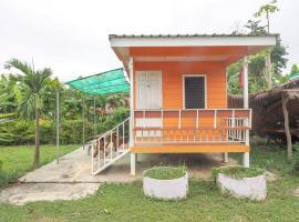 OYO 75325 Our House Tha Sao, hotel in Sai Yok