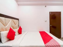 OYO 74434 Ss Grand, hotel in Shamshabad