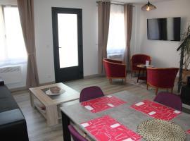 LOGIS DU GRAND PIN, pet-friendly hotel in Bayeux