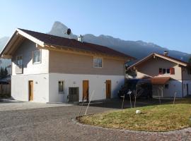 Ferienhaus Daisenberger, pet-friendly hotel in Oberammergau