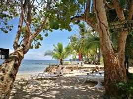 Hospedaje Yarisnori, hotel in Boca del Drago