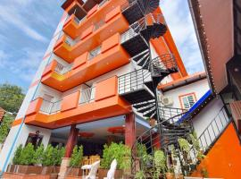 Champion Boutique Hotel, hotel in Vientiane