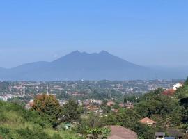 Villa Jabon Resort (Mountain's View), pet-friendly hotel in Bogor