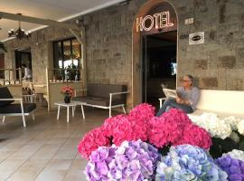Hotel Rosa, hotel em Lido di Jesolo