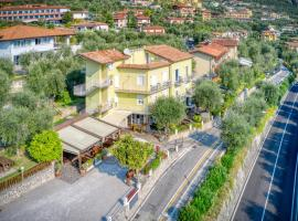 Hotel Casa Piantoni, hotel a Limone sul Garda