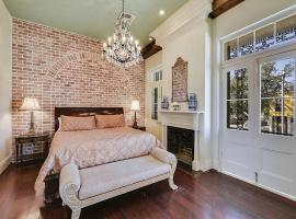 French Quarter 3 Bedroom Condos, vacation rental in New Orleans