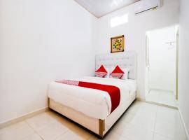 OYO 3777 Homestay Legundi Syariah, hotel in Bandar Lampung