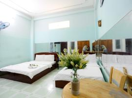 OYO 1140 Hong Luc Hotel, hotel in Ho Chi Minh City