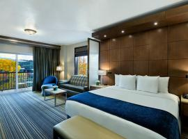 Oxford Suites Spokane Downtown, hotel near Spokane International Airport - GEG, Spokane