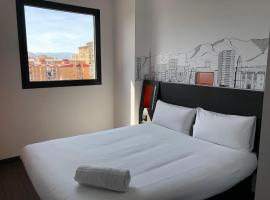 easyHotel Malaga City Centre, hotel near Trade Fair and Congress Center of Malaga, Málaga