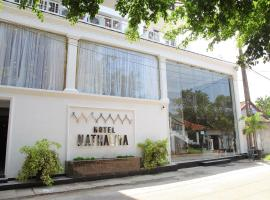 Hotel Nathaliya, hotel near Bandaranaike International Airport - CMB, Seeduwa