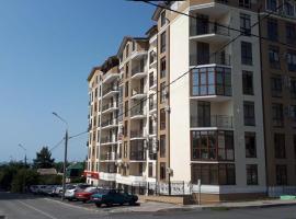 Аппартаменты 45 м2, с видом на море, hotel in Gelendzhik