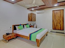 Treebo Trend Sai Samrat Resort, hotel in Satara