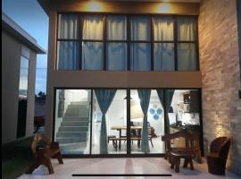 Loft 2 São Miguel dos Milagres, holiday home in São Miguel dos Milagres