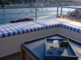 180° view maisonette No.1, pet-friendly hotel in Poros