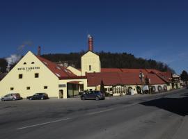 Hotel Sladovna, hotel v Černé Hoře