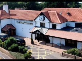 Crowwood Hotel and Alba Restaurant, hotel in Chryston