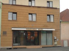 PENSIUNEA MURY, hotel in Braşov