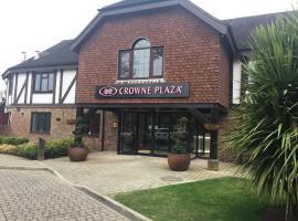 Crowne Plaza Felbridge - Gatwick, hotel in East Grinstead