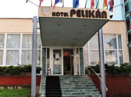 Hotel Pelikán, hotel v destinaci Lučenec