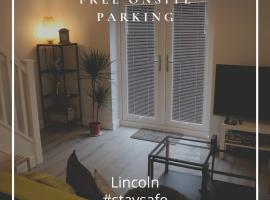 Beautiful and quiet 2 bed House in Lincoln Centre Next to Hospital, apartment in Lincoln