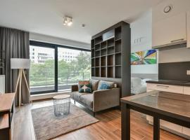 New studio in the center of Brussels with terrace, hotel in Brussels