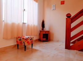 Casa 3 suites 80 metros da praia, holiday home in Paraty