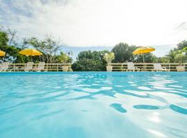 Morro do Sol Hotel & Eventos, hotel near Bombinhas Panoramic View Park, Porto Belo