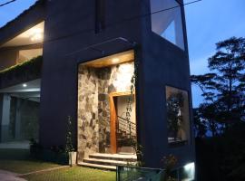 Hostel by SkyLoft, hostel in Kandy