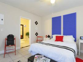 C - Chic and Comfortable Studio - 8, vacation rental in Miami