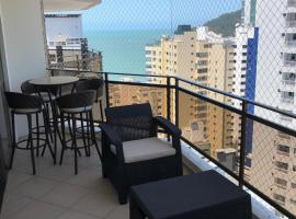 Amplo apartamento Quadra Mar - Vista Mar, hotel in Balneário Camboriú
