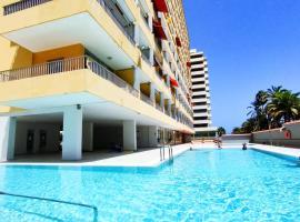 Apartment with Teide views by the beach, hotel adaptado en Puerto de la Cruz