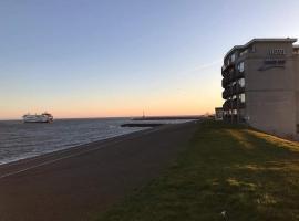 Hotel Lands End, hotel near Royal Navymuseum, Den Helder